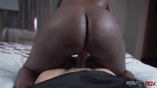 Gianna Gets a Quick Creampie